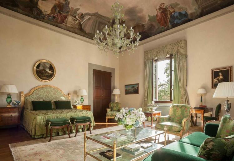 Il Four Seasons Hotel Firenze è costituito da un ex convento e l'antico Palazzo della Gherardesca