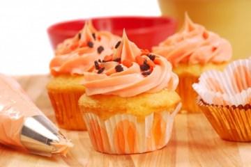 Ricetta dei muffins alle carote con scorza d'arancia