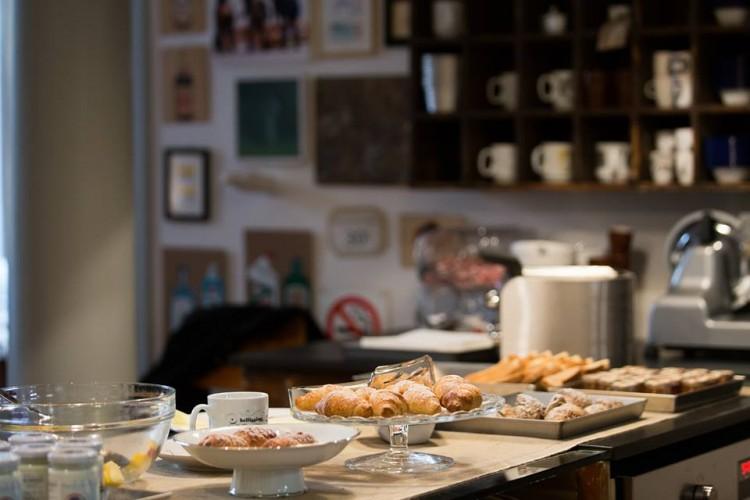 Soprarno Suites è un bed and breakfast a Firenze molto originale, in pieno centro storico: camere spaziose, ospitalità eccellente e arredi da capogiro.