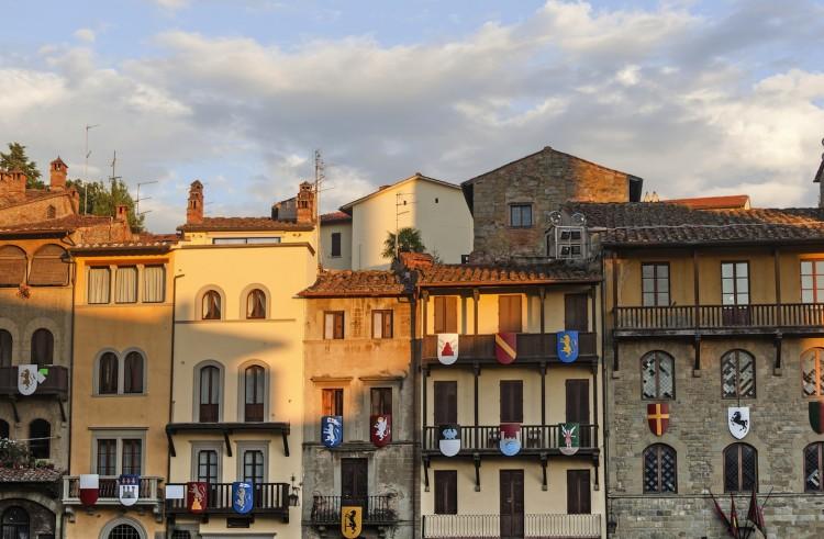Castelli in Toscana in provincia di Arezzo. Guida ai 5 castelli dell'aretino più affascinanti, un salto indietro nel tempo nella bellissima campagna toscana