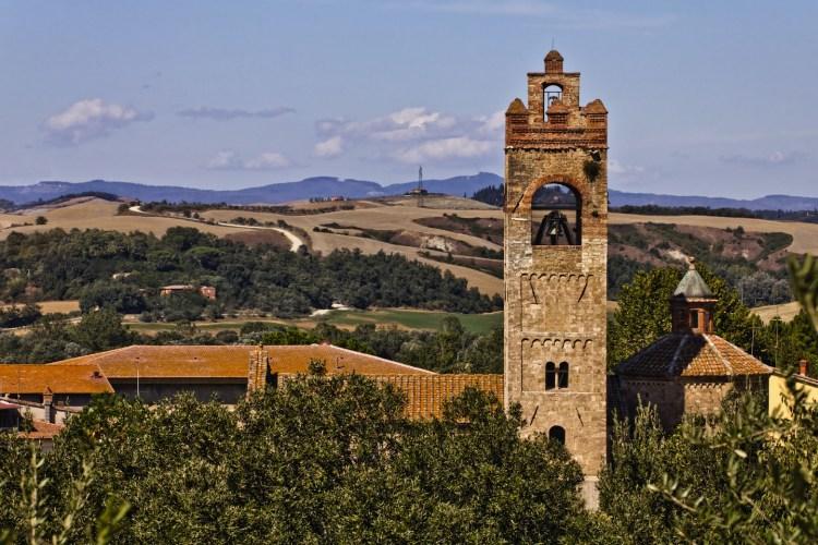 Alla scoperta dei borghi delle Crete Senesi in Toscana: Asciano, Buonconvento, Monteroni d'Arbia, San Giovanni d'Asso, Rapolano Terme, Trequanda