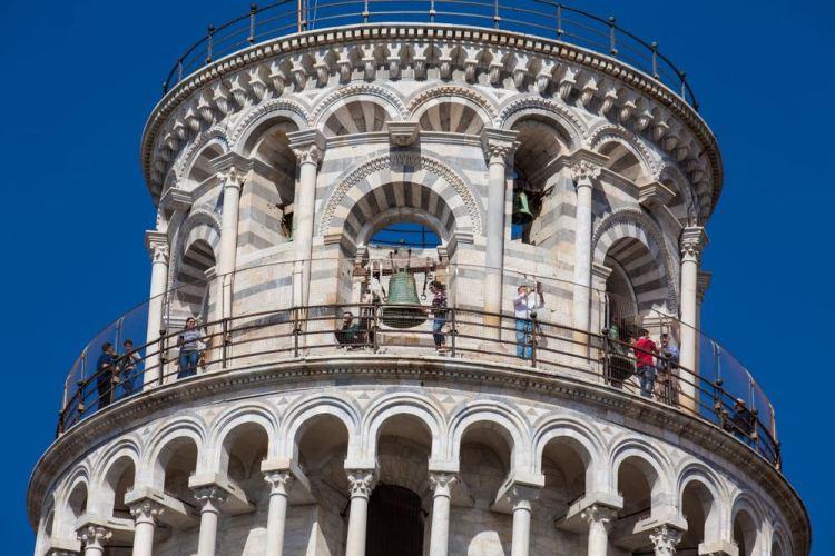 La campana del Traditore nella torre campanaria del Duomo di Pisa