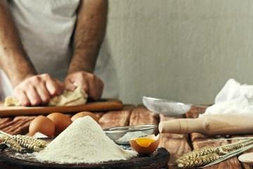 Ricette della tradizione toscana, preparate nella cucina di Cooking in Florence con la chef Laura Franceschetti, un'indementicabile lezione di arte e bontà