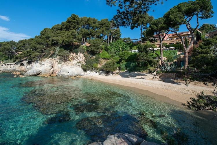 Nella provincia di Girona in Spagna si trova la Valle del Solius, conosciuta come la Toscana di Catalogna per le sue dolci colline e gli infiniti vigneti