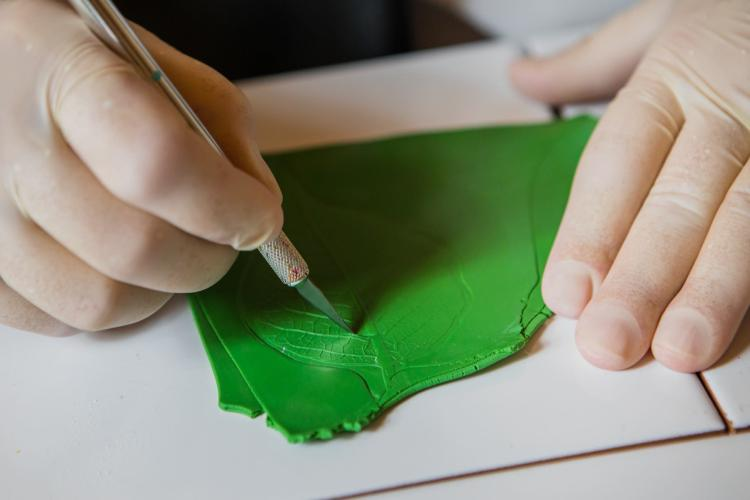 Il 17/05/2017 a Firenze si terrà OMGDeepDive, laboratorio creativo di gioielli in argilla polimerica tenuto dall'artista Sara Amrhein