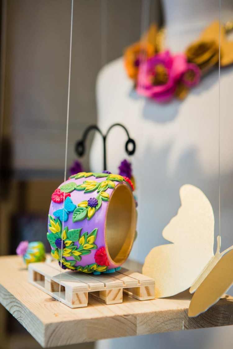 Il 17/05/2017 a Firenze si terrà OMGDeepDive, laboratorio creativo di gioielli in argilla polimerica tenuto dall'artista Sara Amrhein.