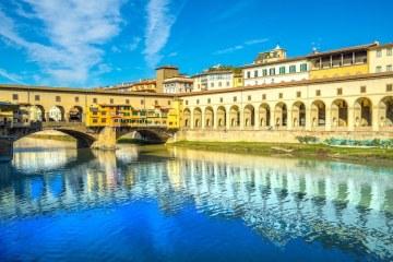 Ponte Vecchio è uno dei simboli di Firenze, oltre ad essere uno dei monumenti più famosi del mondo. Storia e curiosità del ponte fiorentino