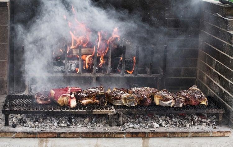 Dove mangiare una buona bistecca alla fiorentina vicino Firenze? Vi presentiamo i 4 migliori ristoranti dove mangiare la bistecca nel Chianti