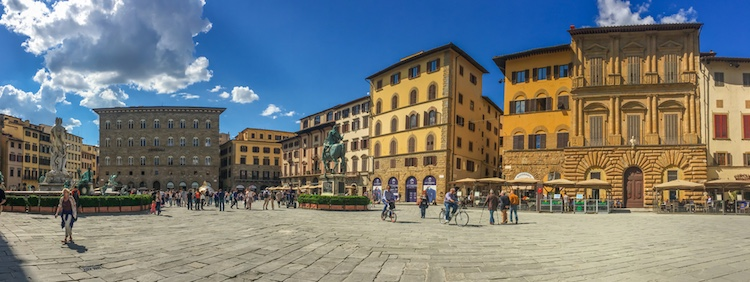 Dostoevskij a Firenze c'è stato due volte. La prima in visita per 5 giorni con l'amico e filosofo Nikolaj Strachov; la seconda per un soggiorno durante il quale scrisse L'Idiota