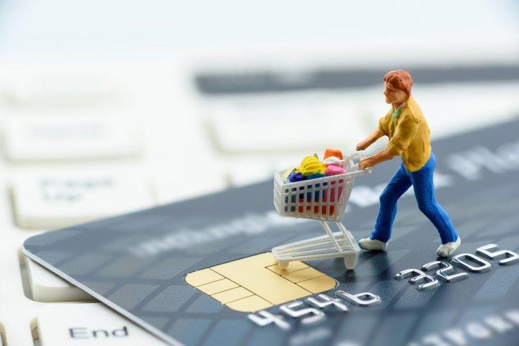 Con Internet il processo di acquisto è cambiato, facendo emergere lo ZMOT (Zero Moment of Truth), elemento centrale della customer experiece.