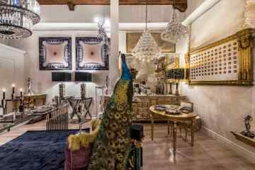 Intervista a Cristina Conforto Galli proprietaria dello show-room di antiquariato Galli da Como Modern Heritage a Lucca in via del Battistero