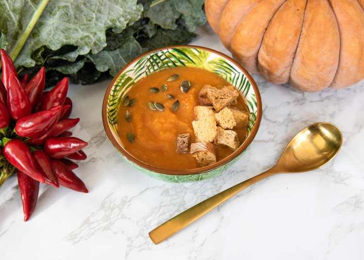 Zuppa di zucca del bistrot di healty food Rosalia Salad Gourmet