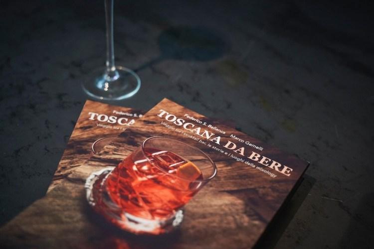 Toscana da bere: il libro di Marco Gemelli e Federico Bellanca che racconta lo state dell'arte del mixology in Toscana attraverso 70 cocktail
