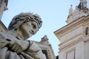 Breve storia del travagliato rapporto tra Dante e Firenze: dai processi politici al tradimento di Bonifacio VIII, fino alla morte in esilio.