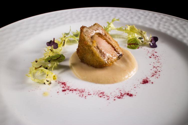 Milanese di Foie Gras dello Chef Giuseppe Mancino, executive chef del ristorante stellato in Toscana Il Piccolo Principe a Viareggio
