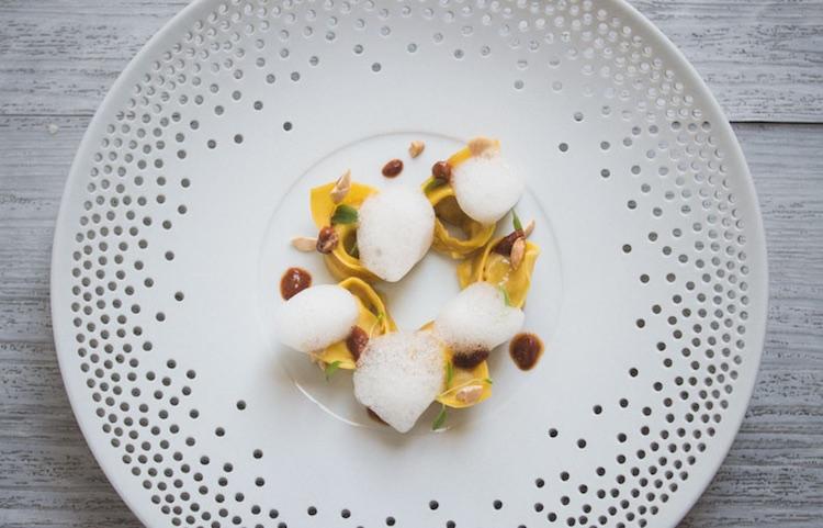 Ravioli dello Chef Giuseppe Mancino, executive chef del ristorante stellato in Toscana Il Piccolo Principe a Viareggio