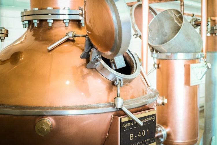 Peter in Florence il primo gin toscano è distillato da Stefano Cicalese nel Podere Castellare