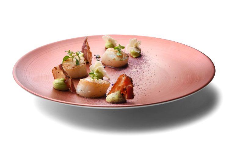 Secondo piatto dello chef Nicola Micheletti della Locanda Sant'Agata a San Giuliano Terme, in Toscana