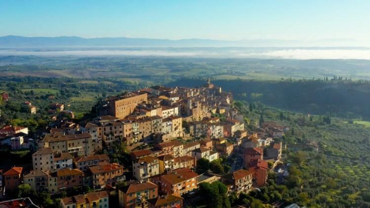 Panorama di Chianciano Terme, uno dei borghi toscani più conosciuti per le sue acque termali.