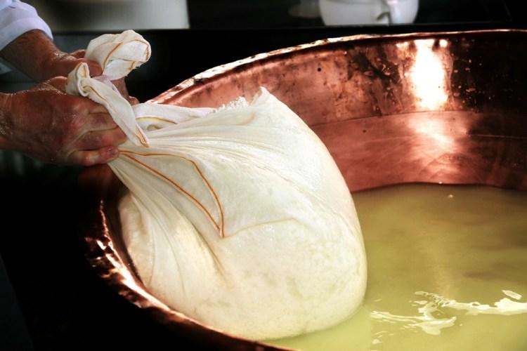 In Toscana si producono molte varietà di formaggi