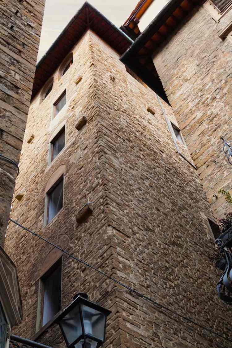 La Torre dei Donati si trova nel centro storico di Firenze.