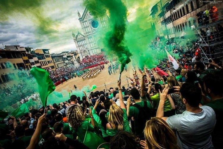 La squadra dei Verdi del Calcio Storico Fiorentino appartiene al quartiere di San Giovanni