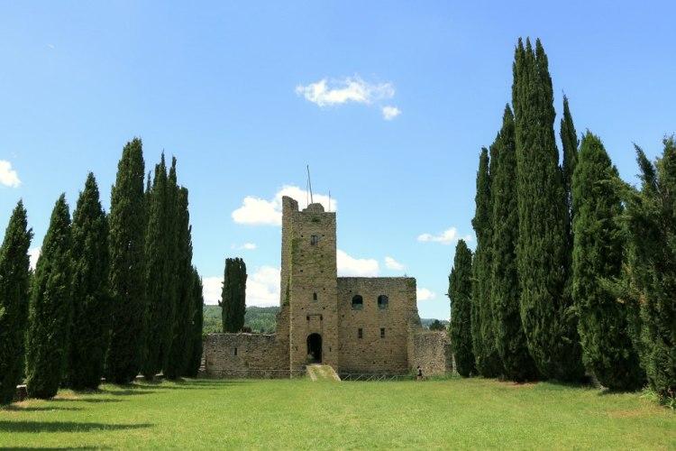 Il Castello di Romena si trova in Casentino in provincia di Arezzo