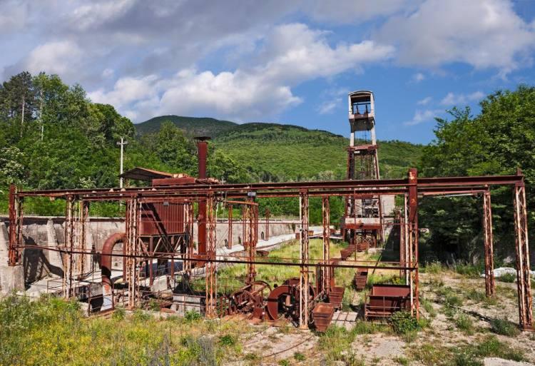 Macchinari per l'estrazione del mercurio a Abbadia San Salvatore