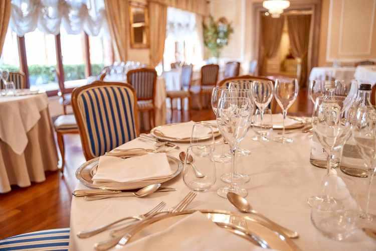 Interno de I Salotti, tra i ristoranti stellati 2020 della Toscana