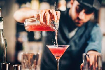 Barman alla Florence Cocktail Week 2020