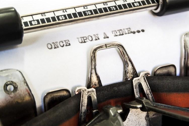 Scritta Once upon a time su macchina da scrivere vintage