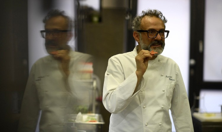 Massimo Bottura all'Osteria Francescana di Modena