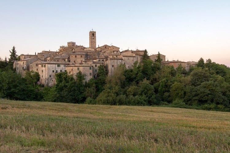 Il borgo di San Casciano dei Bagni in Toscana