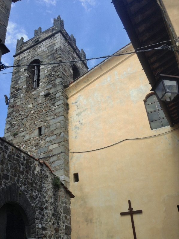 Bell Tower, Lanciole, Pescia