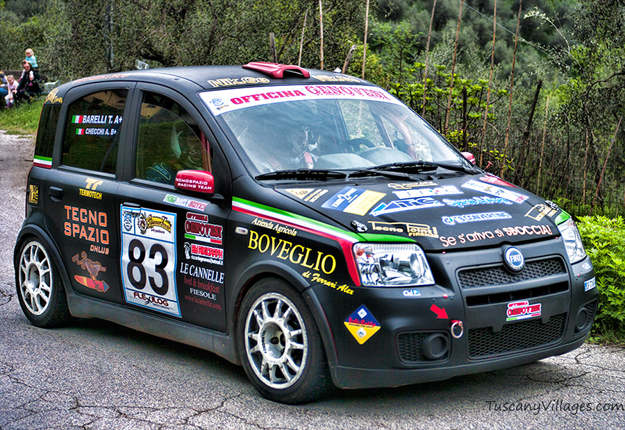 Black-racing-car-Castelvecchio