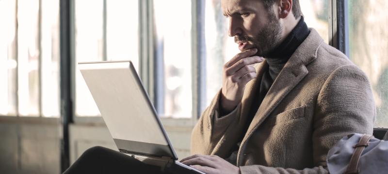 ¿Cuál es la diferencia entre un agente de seguros y un corredor de seguros?