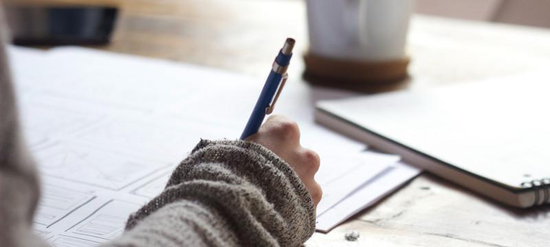 ¿Qué hay que estudiar para trabajar en seguros?