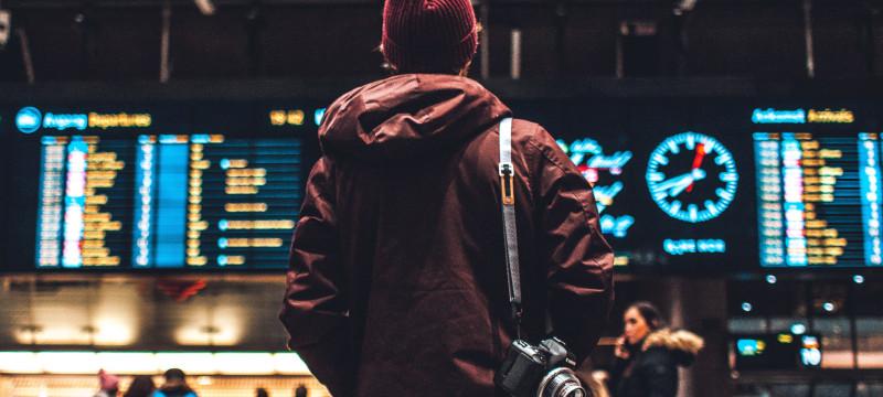 Cómo encontrar viajes baratos a última hora