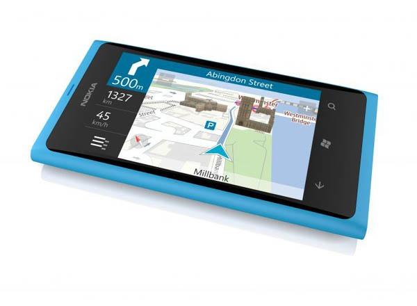 Nokia Lumia 800 03