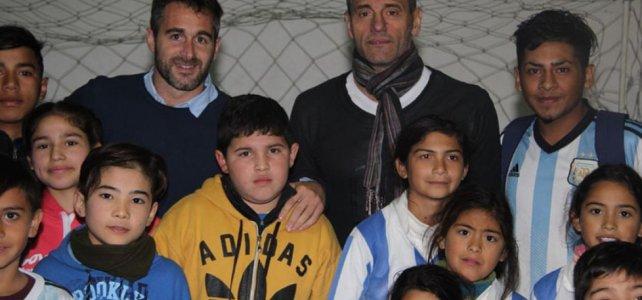 Sergio Goycochea visitó un club de Pilar y dio una charla sobre su experiencia mundialista