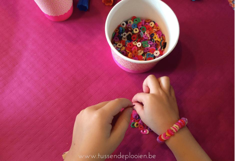 kinderfeestje_inspiratie_tips_armbandjes