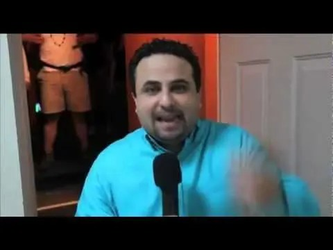 En este momento estás viendo La palabra tocará tu vida – Entrevista en backstage a Otoniel Font (Ensancha 2011)