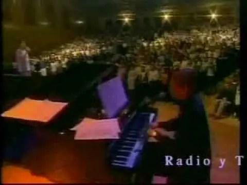 En este momento estás viendo Video: Todo Poderoso Dios – Marcos Vidal