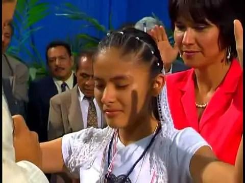Lee más sobre el artículo Noches de Gloria en Guatemala con Cash Luna – Sana de Osteoporosis