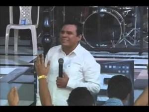 Lee más sobre el artículo Profeta Julio Melgar – Ministracion profetica
