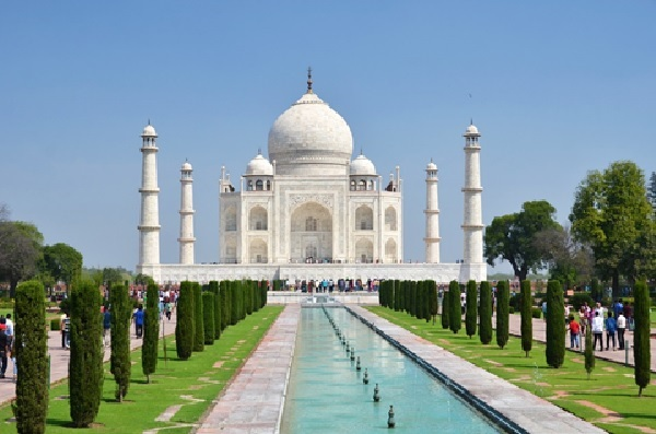Taj Mahal Overview