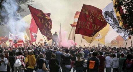 CURVA SUD Striscione dei Fedayn a Piazza Mancini, quindici minuti fuori per protesta