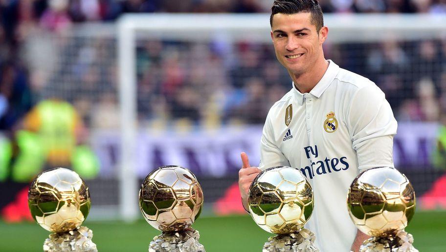 Pallone Doro 2017 Vince Ronaldo Davanti A Messi E Neymar