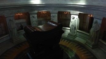 naps tomb