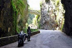 Tremosine Strada della Forra un itinerario da fare in moto sul Lago di Garda  tuttogardait